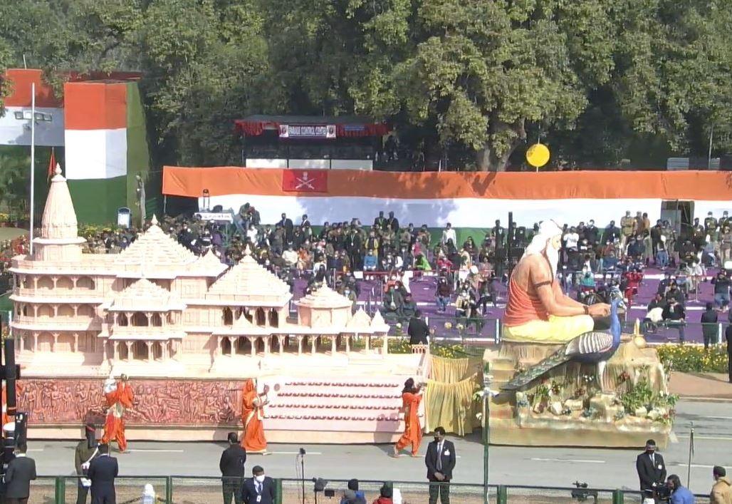 Republic Day 2021 LIVE Updates: ਰਾਜਪਥ ਤੋਂ ਭਾਰਤ ਦੀ ਤਾਕਤ ਦੇਖ ਰਹੀ ਦੁਨੀਆ ਗਣਤੰਤਰ ਦਾ ਜਸ਼ਨ ਧਰਤੀ ਤੋਂ ਅਸਮਾਨ ਤੱਕ ਫੈਲਿਆ